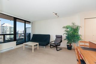 """Photo 7: 2503 977 MAINLAND Street in Vancouver: Yaletown Condo for sale in """"YALETOWN PARK III"""" (Vancouver West)  : MLS®# R2263314"""