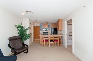 """Photo 14: 2503 977 MAINLAND Street in Vancouver: Yaletown Condo for sale in """"YALETOWN PARK III"""" (Vancouver West)  : MLS®# R2263314"""
