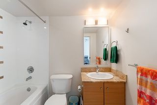 """Photo 20: 2503 977 MAINLAND Street in Vancouver: Yaletown Condo for sale in """"YALETOWN PARK III"""" (Vancouver West)  : MLS®# R2263314"""