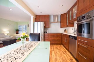 """Photo 18: 11 650 ROCHE POINT Drive in North Vancouver: Roche Point Townhouse for sale in """"Ravenwoods"""" : MLS®# R2295307"""