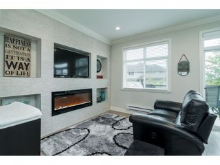 "Photo 4: 7 7198 179 Street in Surrey: Cloverdale BC Townhouse for sale in ""WALNUT RIDGE"" (Cloverdale)  : MLS®# R2313131"