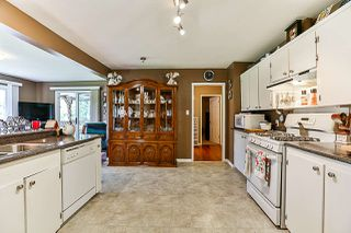 Photo 5: 15440 18 Avenue in Surrey: King George Corridor House for sale (South Surrey White Rock)  : MLS®# R2317693