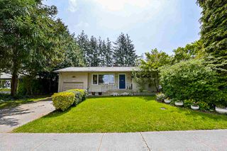 Photo 1: 15440 18 Avenue in Surrey: King George Corridor House for sale (South Surrey White Rock)  : MLS®# R2317693