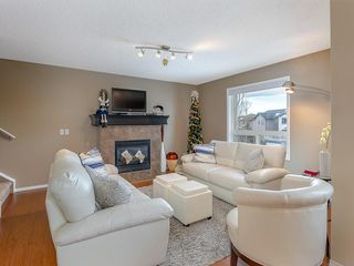 Photo 9: 138 ROYAL BIRCH Circle NW in Calgary: Royal Oak Detached for sale : MLS®# C4220192