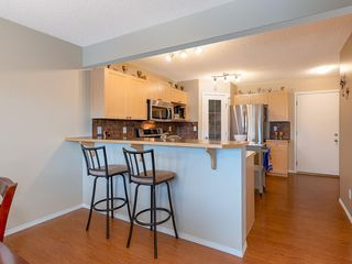 Photo 7: 138 ROYAL BIRCH Circle NW in Calgary: Royal Oak Detached for sale : MLS®# C4220192