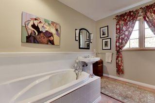 Photo 13: 15551 W OXENHAM Avenue: White Rock House for sale (South Surrey White Rock)  : MLS®# R2331238