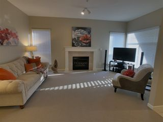 "Photo 2: 57 9025 216 Street in Langley: Walnut Grove Townhouse for sale in ""Coventry Woods"" : MLS®# R2330566"