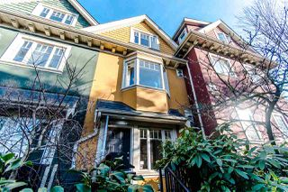 Photo 1: 2291 CAROLINA Street in Vancouver: Mount Pleasant VE Townhouse for sale (Vancouver East)  : MLS®# R2334454
