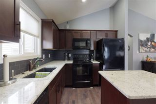 Photo 2: 3017 17A Avenue in Edmonton: Zone 30 House for sale : MLS®# E4141490