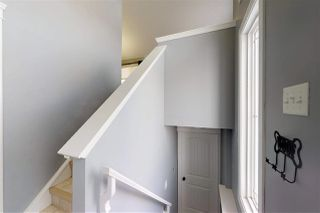 Photo 6: 3017 17A Avenue in Edmonton: Zone 30 House for sale : MLS®# E4141490
