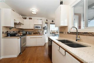 Photo 6: 1 1356 Slater St in VICTORIA: Vi Mayfair Row/Townhouse for sale (Victoria)  : MLS®# 806611