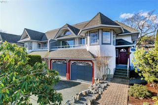 Photo 1: 1 1356 Slater St in VICTORIA: Vi Mayfair Row/Townhouse for sale (Victoria)  : MLS®# 806611