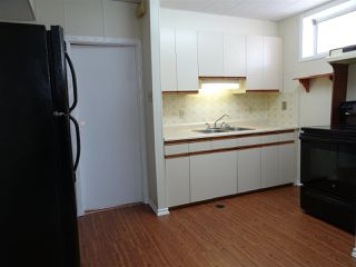 Photo 9: 4001 117 Avenue in Edmonton: Zone 23 House for sale : MLS®# E4147480