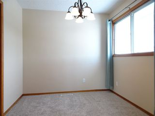 Photo 3: 4001 117 Avenue in Edmonton: Zone 23 House for sale : MLS®# E4147480