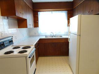 Photo 2: 4001 117 Avenue in Edmonton: Zone 23 House for sale : MLS®# E4147480