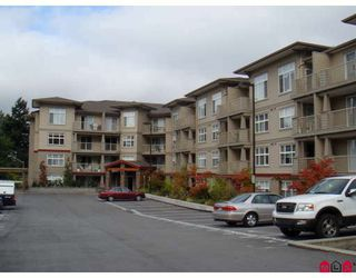 """Photo 1: 121 2515 PARK Drive in Abbotsford: Abbotsford East Condo for sale in """"VIVA"""" : MLS®# R2351460"""