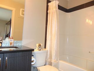 Photo 8: 2723 SPARROW Place in Edmonton: Zone 59 House Half Duplex for sale : MLS®# E4153213