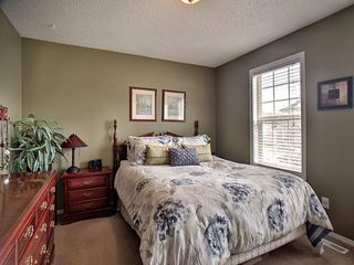 Photo 11: 14032 151 Avenue in Edmonton: Zone 27 House for sale : MLS®# E4153386