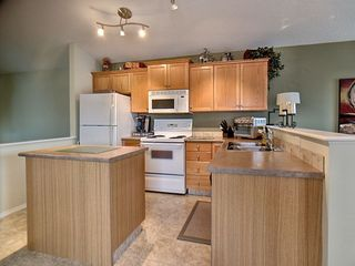 Photo 6: 14032 151 Avenue in Edmonton: Zone 27 House for sale : MLS®# E4153386