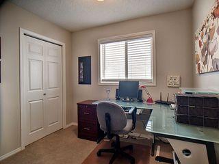 Photo 12: 14032 151 Avenue in Edmonton: Zone 27 House for sale : MLS®# E4153386