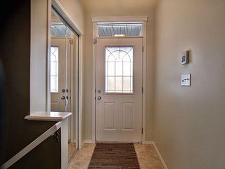 Photo 2: 14032 151 Avenue in Edmonton: Zone 27 House for sale : MLS®# E4153386