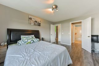 """Photo 12: 404 33728 KING Road in Abbotsford: Poplar Condo for sale in """"COLLEGE PARK PLACE"""" : MLS®# R2371252"""
