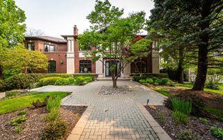 Main Photo: 113 Mildenhall Road in Toronto: Bridle Path-Sunnybrook-York Mills House (2-Storey) for sale (Toronto C12)  : MLS®# C4473043