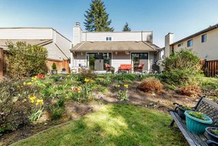 "Photo 19: 13 3397 HASTINGS Street in Port Coquitlam: Woodland Acres PQ Townhouse for sale in ""MAPLE CREEK"" : MLS®# R2382703"