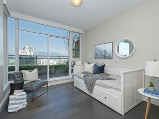 "Photo 13: 2106 1618 QUEBEC Street in Vancouver: Mount Pleasant VE Condo for sale in ""CENTRAL"" (Vancouver East)  : MLS®# R2385785"