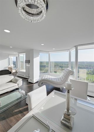Photo 12: 1801 11826 100 Avenue in Edmonton: Zone 12 Condo for sale : MLS®# E4170722