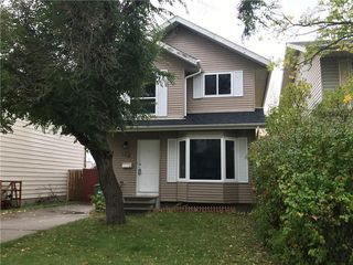 Photo 1: 23 EDGEBURN Crescent NW in Calgary: Edgemont Detached for sale : MLS®# C4271011