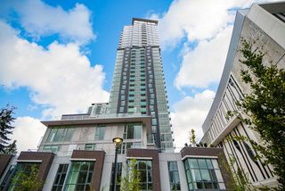 Photo 4: 3402 13438 CENTRAL Avenue in Surrey: Whalley Condo for sale (North Surrey)  : MLS®# R2414838