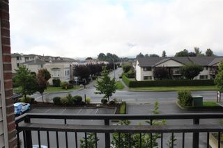 "Photo 19: 202 45645 KNIGHT Road in Sardis: Sardis West Vedder Rd Condo for sale in ""Cotton Ridge"" : MLS®# R2433390"