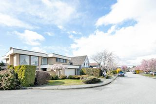 Photo 2: 12515 ALLIANCE Drive in Richmond: Steveston South House for sale : MLS®# R2447595