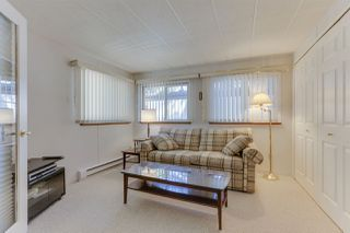 """Photo 12: 18 2306 198 Street in Langley: Brookswood Langley Manufactured Home for sale in """"Cedar Lane"""" : MLS®# R2481487"""