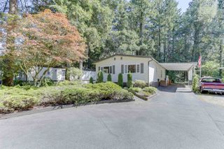 """Photo 2: 18 2306 198 Street in Langley: Brookswood Langley Manufactured Home for sale in """"Cedar Lane"""" : MLS®# R2481487"""