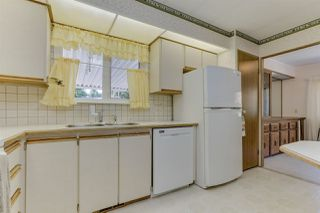 """Photo 16: 18 2306 198 Street in Langley: Brookswood Langley Manufactured Home for sale in """"Cedar Lane"""" : MLS®# R2481487"""