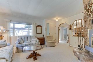 """Photo 7: 18 2306 198 Street in Langley: Brookswood Langley Manufactured Home for sale in """"Cedar Lane"""" : MLS®# R2481487"""