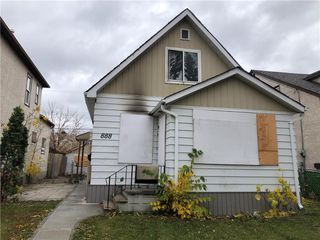 Photo 2: 888 Alfred Avenue in Winnipeg: North End Residential for sale (4A)  : MLS®# 202026136