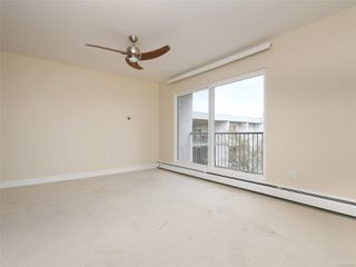 Photo 4: 318 3225 Eldon Pl in : SW Rudd Park Condo for sale (Saanich West)  : MLS®# 861855