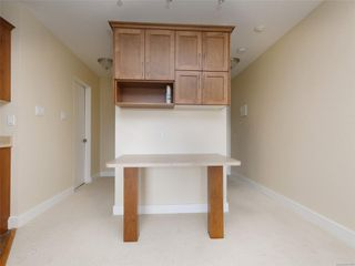 Photo 9: 318 3225 Eldon Pl in : SW Rudd Park Condo for sale (Saanich West)  : MLS®# 861855