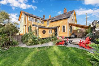 Photo 4: 1834 Stanley Ave in : Vi Fernwood Full Duplex for sale (Victoria)  : MLS®# 862791