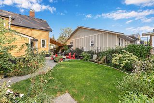 Photo 40: 1834 Stanley Ave in : Vi Fernwood Full Duplex for sale (Victoria)  : MLS®# 862791