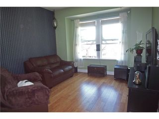 Photo 3: 3528 FLEMING Street in Vancouver: Knight House for sale (Vancouver East)  : MLS®# V913382
