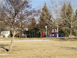 Photo 12: 111 HUNTINGTON Green NE in CALGARY: Huntington Hills Residential Detached Single Family for sale (Calgary)  : MLS®# C3503075