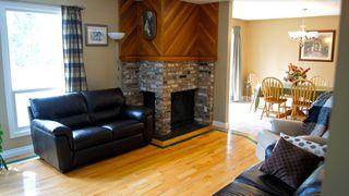 Photo 4: 12145 145A Avenue NW: Edmonton House for sale : MLS®# E3299790
