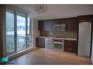 Photo 3: # 2601 918 COOPERAGE WY in Vancouver: Yaletown Condo for sale (Vancouver West)  : MLS®# V1000259