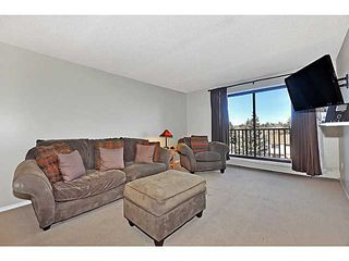 Photo 5: 406 550 WESTWOOD Drive SW in CALGARY: Westgate Condo for sale (Calgary)  : MLS®# C3605225