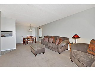 Photo 6: 406 550 WESTWOOD Drive SW in CALGARY: Westgate Condo for sale (Calgary)  : MLS®# C3605225