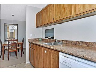 Photo 8: 406 550 WESTWOOD Drive SW in CALGARY: Westgate Condo for sale (Calgary)  : MLS®# C3605225